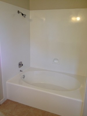 Ceramic Bathtub Refinishing Solutions in Contra Costa, CA